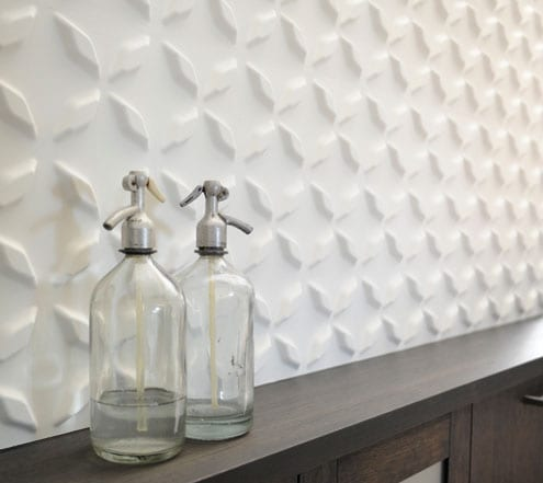 moderne 3D Wanddekoration kombiniert mit Holzschrank