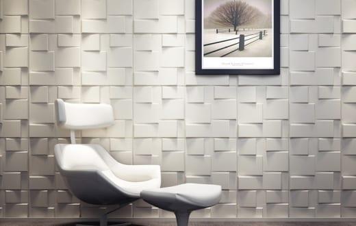 weißer design-Sessel und 3D Wandpaneele
