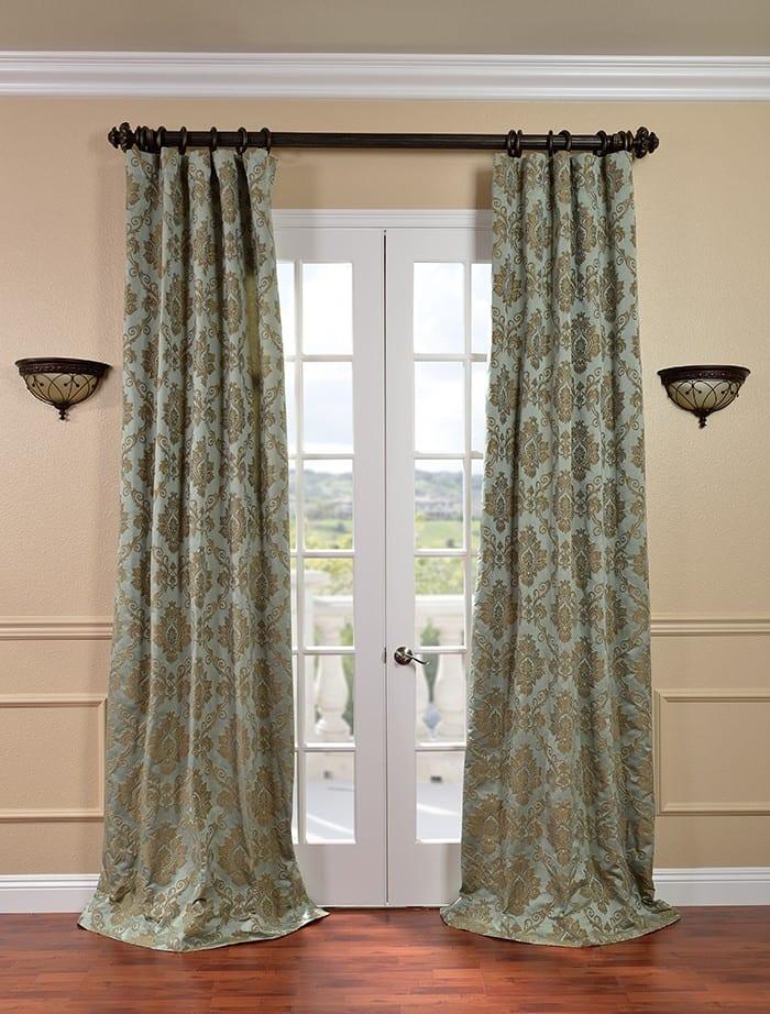 eleganter Vorhang für den Wohnraum