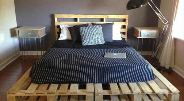 bett aus paletten 2 freshouse. Black Bedroom Furniture Sets. Home Design Ideas