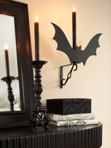 Halloween Leuchter in schwarz mit Fledermaus