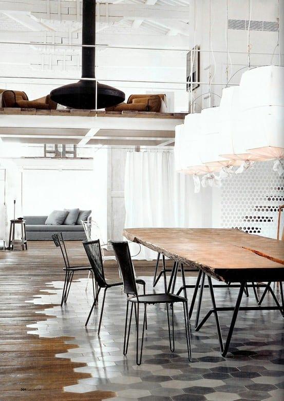 Kombination aus Holz und Terrakotta in Loft