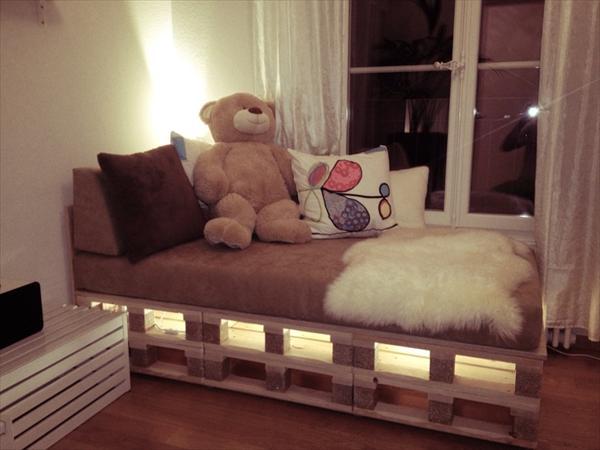 Paletten Bett Mit Led Leuchten Pictures
