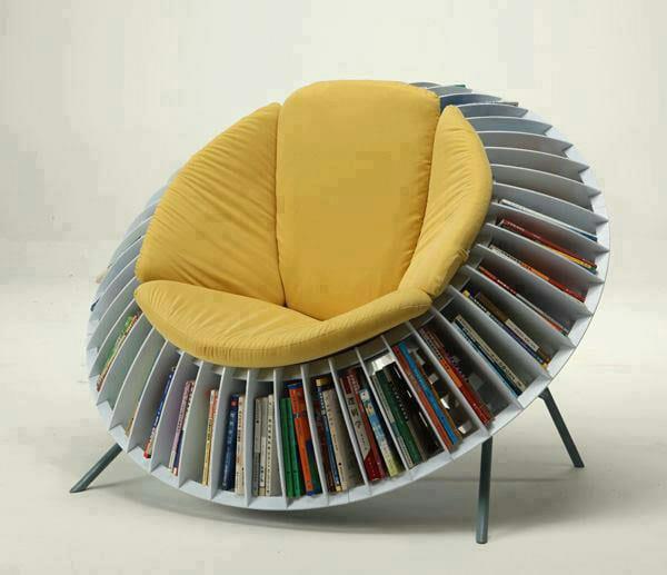 Bücheregal-Stuhl