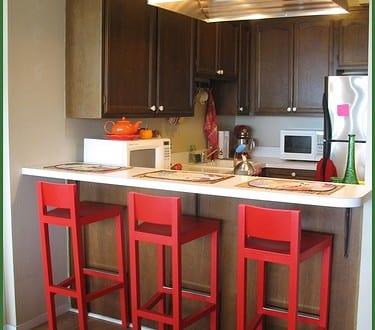 kleine Küche mit Theke - fresHouse