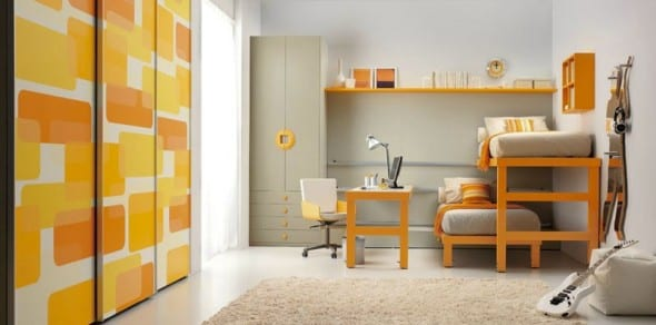 minimalistische Einrichtung des Kinderzimmers mit gelbem Etagenbett
