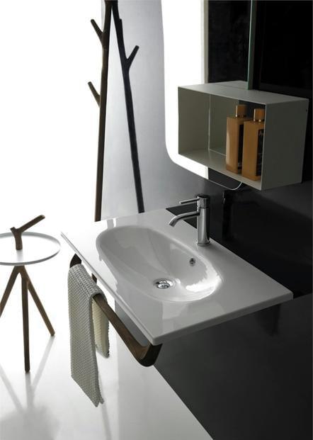 kleines Badezimmer Einrichtung mit Designermöbel