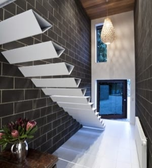 auskragende stufen gel nder f r au en. Black Bedroom Furniture Sets. Home Design Ideas