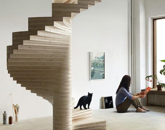 moderne spindeltreppe aus holz für moderne interieurs