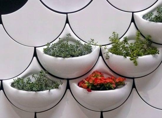 weiße Wandtaschen für Pflanzen