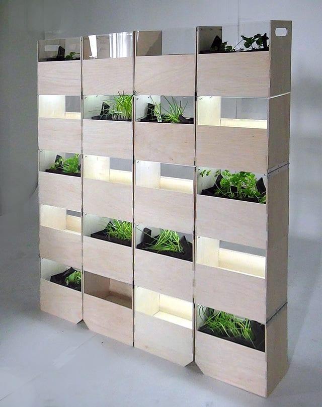Pflanzenbehälter aus Holz