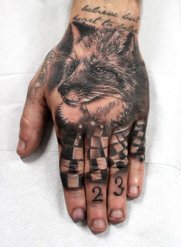 Hand Tattooidenn-Tiertattoo