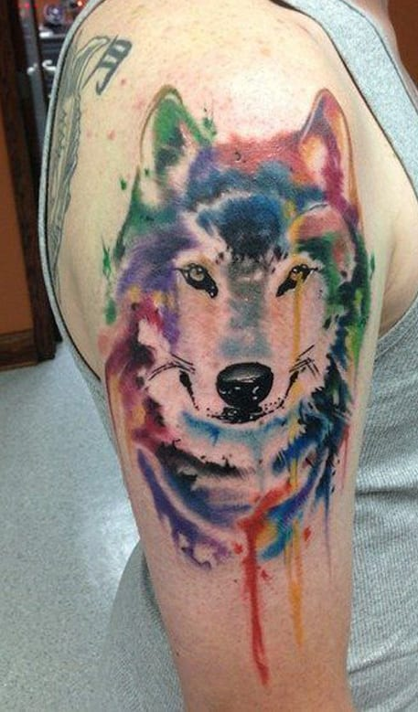 Arm Tattooidee- farbiges tattoo idee