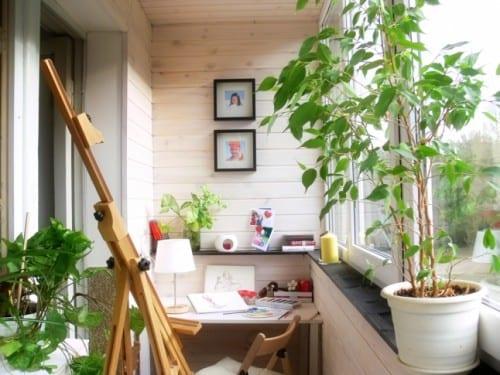 balkon einrichtungsideen-verglaster balkon mit arbeitsplatz
