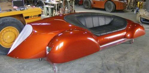 rettro Autotele-Sofa in orange mit schwarzem Ledersitz