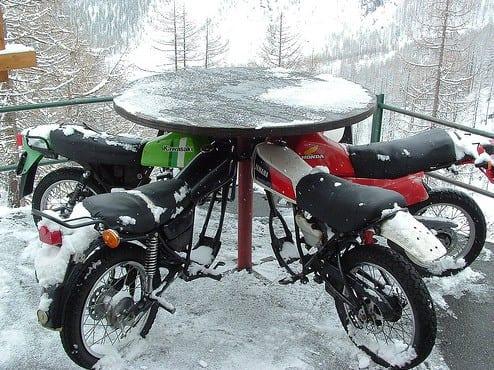 motorrad-möbeldesign-idee
