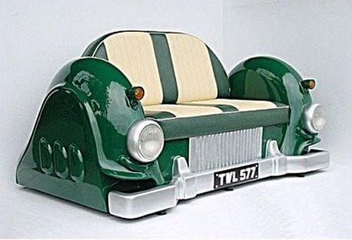 rettro Auto-sofa mit ledersitzen in grün