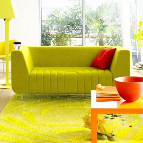 kräftiges grün fürs wohnzimmer - grüne möbel
