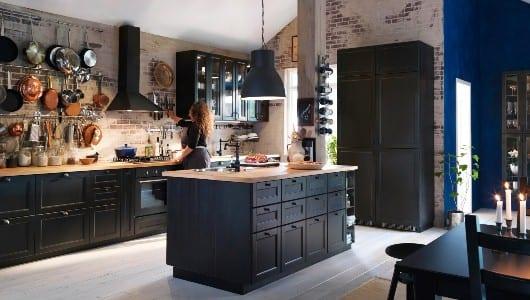 schwarze Vintage-Küche -Einrichtungsidee