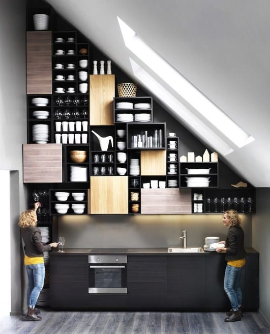 moderne Kücheeinrichtung-küche mit schrägdach