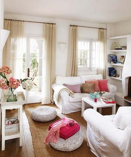 helle Wohnungsgestaltung mit Ikea-couchtisch-weiße sofabezug-beige gardinen fürs wohnzimmer