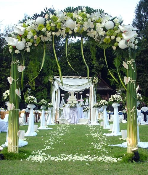 19 Best Cheap Wedding Decorations Images On Pinterest: Blumen Hochzeit Dekorationsideen