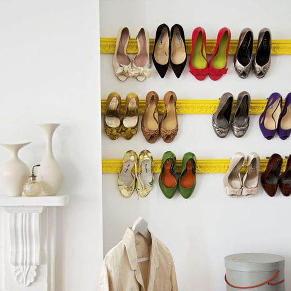 kreative idee für schuhaufbewahrung im ankleidezimmer