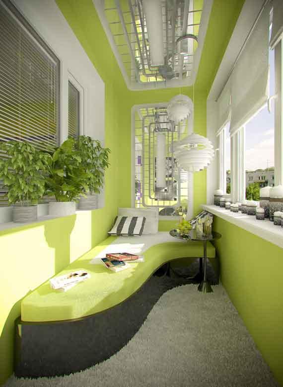 moderne Einrichtung kleines Balkons mit Ecksofa und kleinformatigne Spiegeln