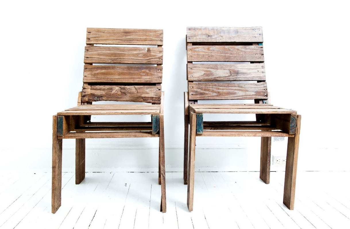 elegante selbstgebaute Holzstühle aus paletten