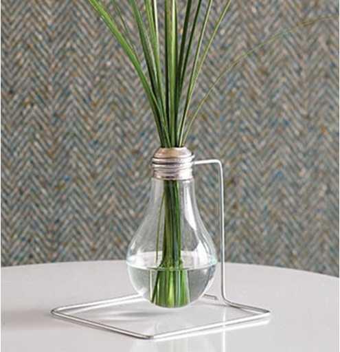 interessante wohnidee- glühbirne vase