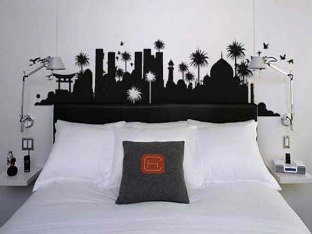stadt-schattenrisse in schwarz- wanddeko im schlafzimmer