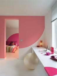 Wandgestaltung in pink