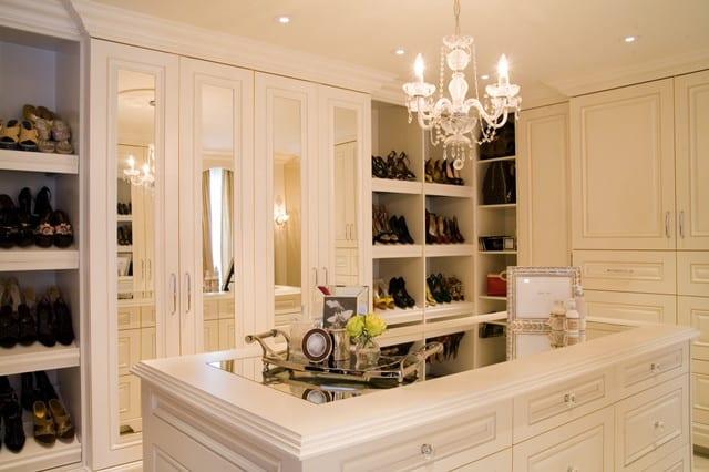 Das ankleidezimmer moderne wohnideen freshouse for Bathroom and dressing room ideas