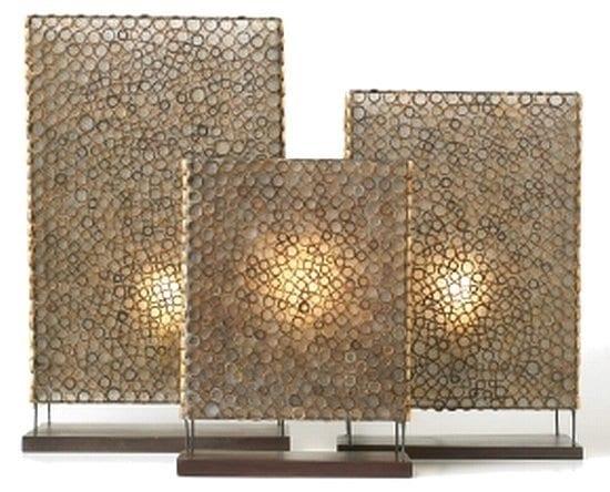 moderne Tischleuchte aus geschnitten Bambusstäbchen