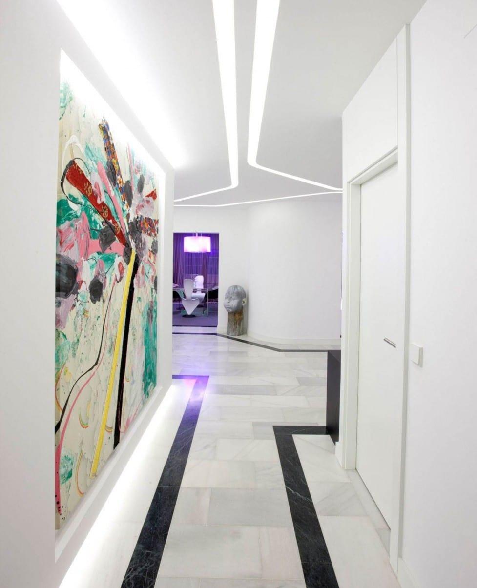 Flur gestaltung in weiß mit Marmor boden- lichtgestaltung Ideen
