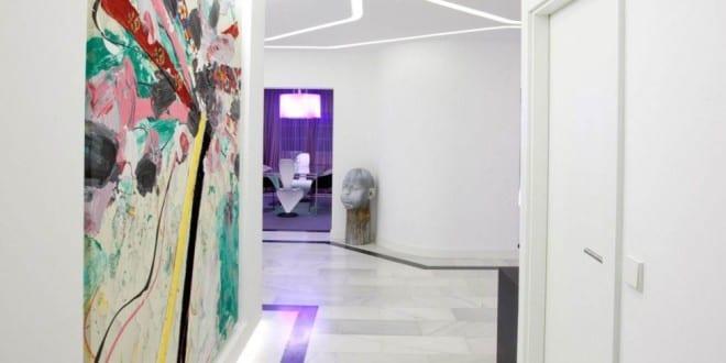 farbgestaltung flur in wei freshouse. Black Bedroom Furniture Sets. Home Design Ideas