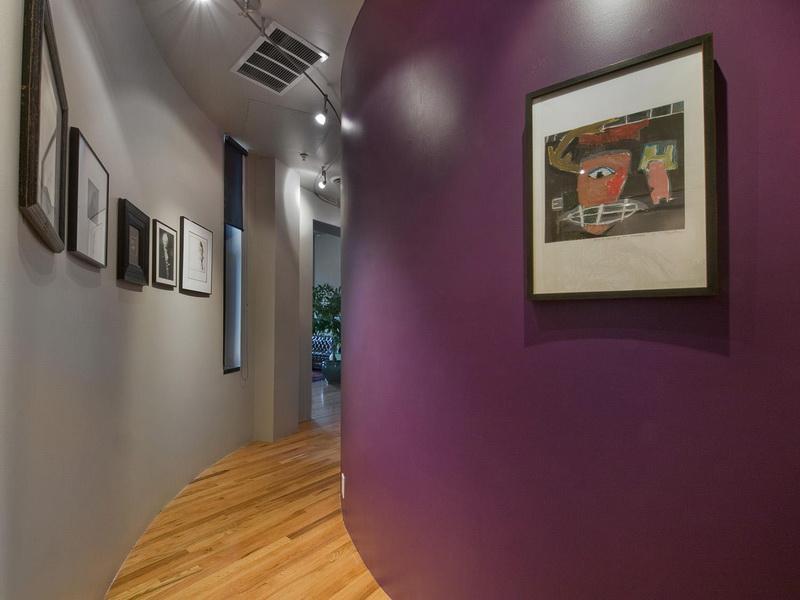 Rundflur gestaltung- Wand streichen idee- graue wand- wand violett