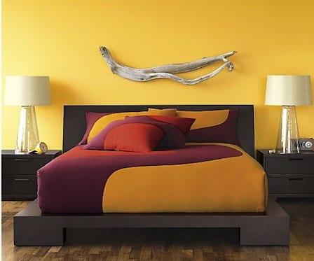 schlafzimmer gestaltung in gelb- schlafzimmer farbgestaltung- modernes Bett