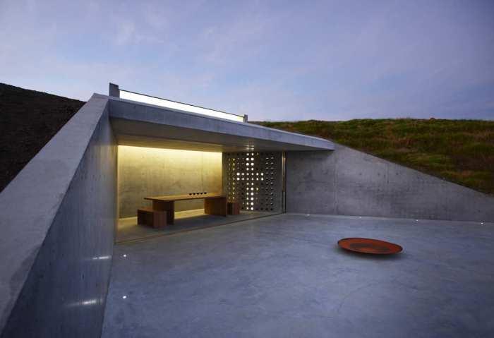 minimalistischer betonbau mit offener terrasse- lichtgestaltung Innenraum-minimalistische Einrichtungsidee