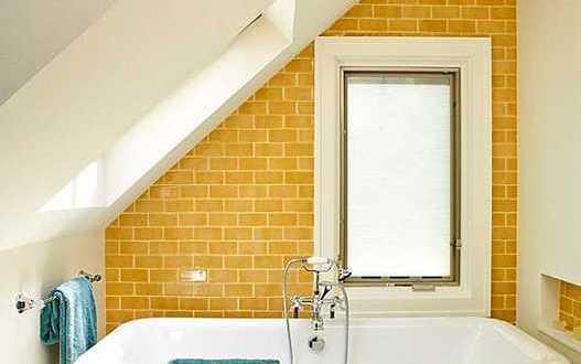 fargestaltung badezimmer gelbe wand freshouse. Black Bedroom Furniture Sets. Home Design Ideas