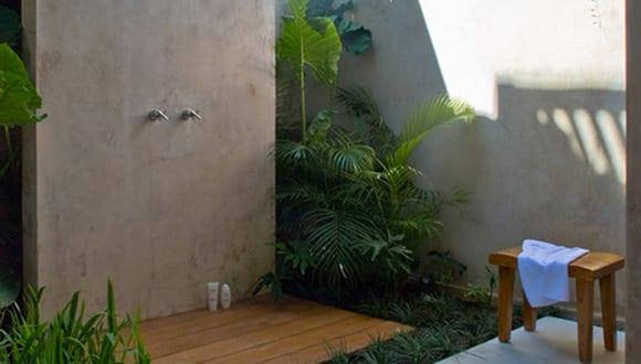 Gartengestaltung mit betonwand und au endusche freshouse - Betonwand wohnzimmer ...