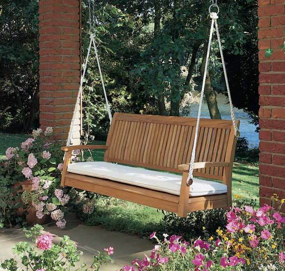 terrassen und gartengestaltung mit schaukel freshouse. Black Bedroom Furniture Sets. Home Design Ideas