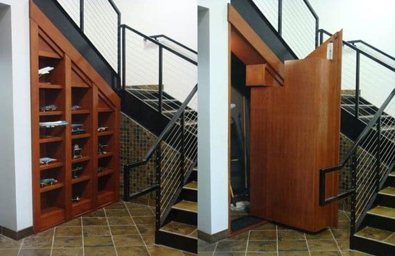Abstellraum und Wandregal unter die Treppe