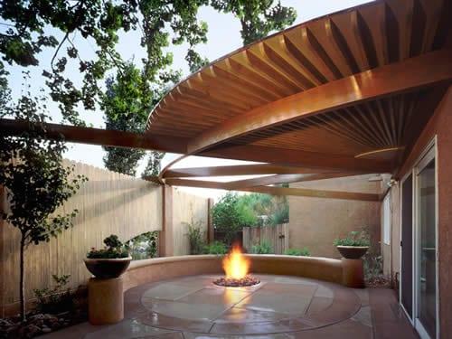interessante Holzkonstruktion für terrasseüberdachung