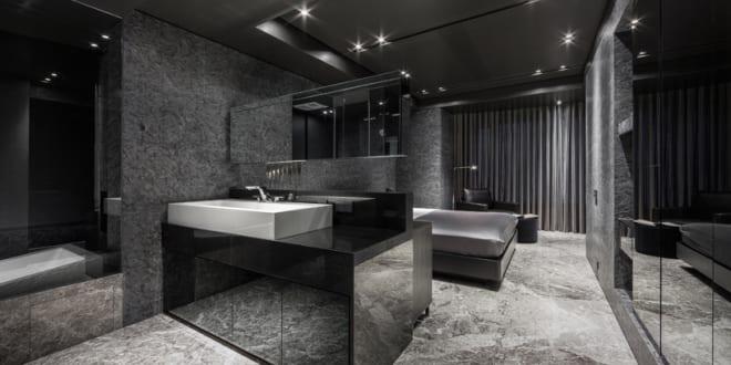 luxus badezimmer mit begehbarem badezimmer in schwarz. Black Bedroom Furniture Sets. Home Design Ideas