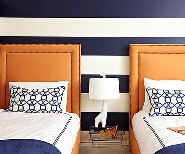 Bett in braun mit Kopfbrett- maritime bettwäsche und maritime Wand Streichen Idee