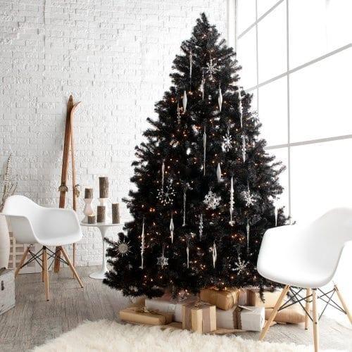 kunstweihnachtsbaum mit schneeflocken-deko - moderne weichnachtsdeko