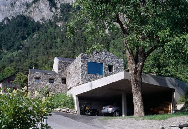 überdachte betongarage - rustikales haus design