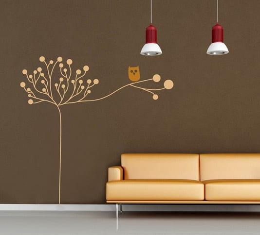 wohnzimmer einrichten- wand streichen idee in braum-pendelleuchten und ledersofa