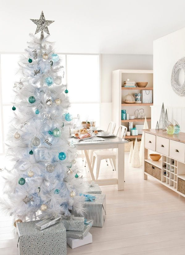weißer kunstweihnachtsbaum - weiße deko fürs weihnachten
